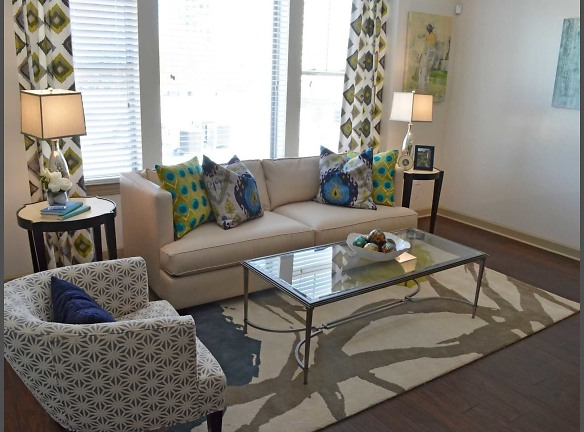 Welcome to Haynes House - Buckhead, Atlanta -  Experience Modern Luxury in a Historic Setting!