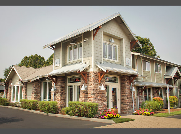 Luxurious Living Area - Puyallup Rentals - Country Gables Apartments