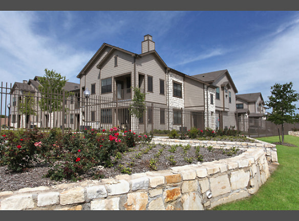 Find Your New Home at Canyon Springs