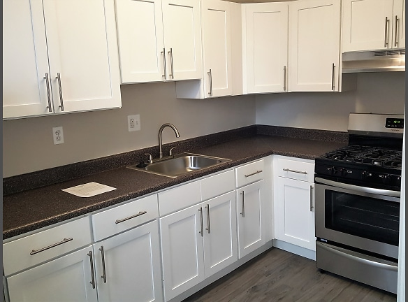 The Luxor White Cabinet Package with Stainless Steel Appliances