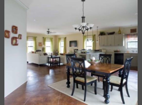 Aspen east/west living/kitchen/dining