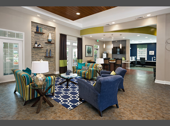 Clubhouse Lounge - Welcome!