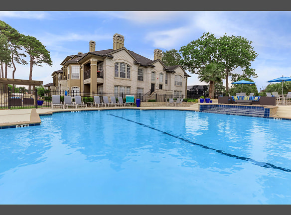 WELCOME HOME TO CYPRESS LAKE IN HOUSTON, TEXAS