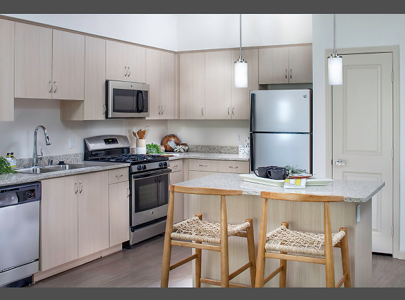 Light cabinet kitchen home design