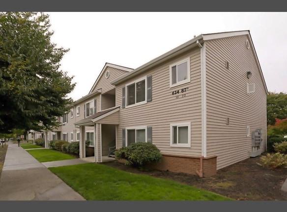 Goodrick-Spencer Apartments , Portland, OR