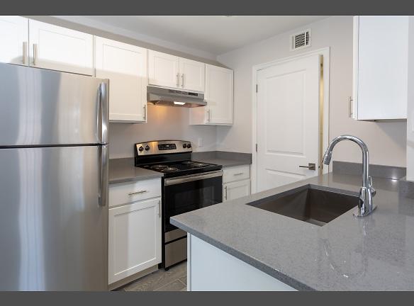 Renovated 1x1 Kitchen