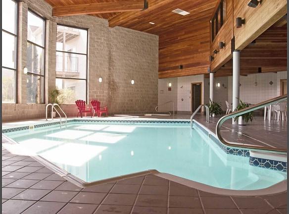 Car Rental Fargo Nd: Dakota Park Apartments Apartments For Rent