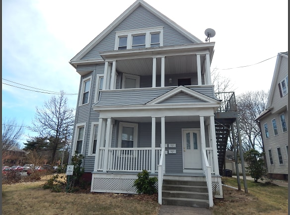 616 Whalley - Front of House.JPG