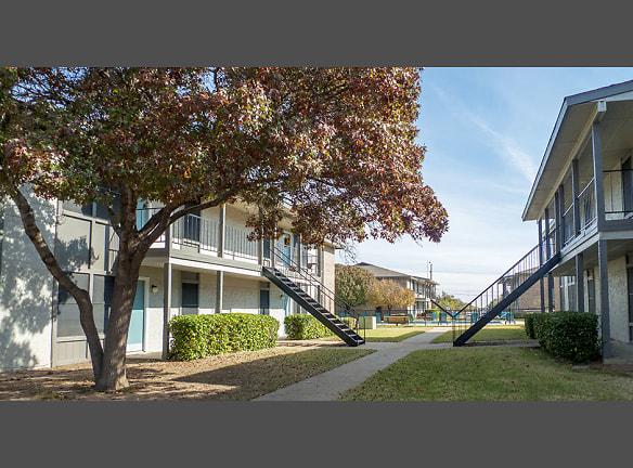 Indiana Village Apartments Lubbock Texas