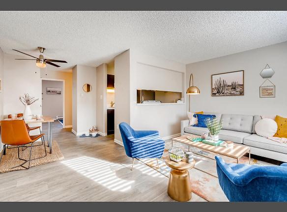 Mountain Vista - Lakewood, CO Apartments - Living Room