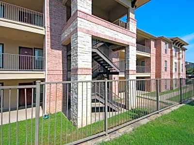 Apartments On Little Road Arlington Tx