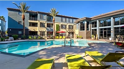 The Urban E Mcdowell Road Phoenix Az Apartments For Rent