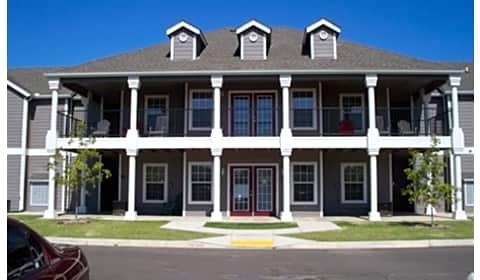 Savannah House Of Yukon North Willowood Drive Yukon Ok Apartments For Rent