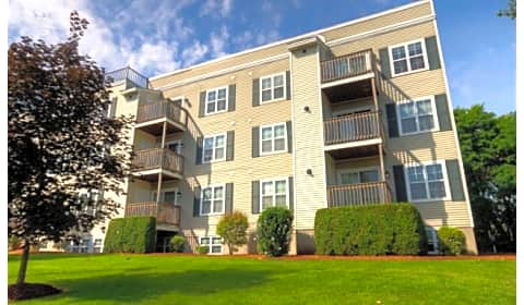 Carlton Place Apartments Carl Street Lowell Ma Apartments For Rent