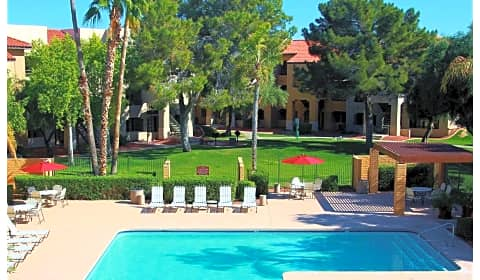 Olive tree west olive avenue glendale az apartments for rent for Cheap 1 bedroom apartments in glendale az