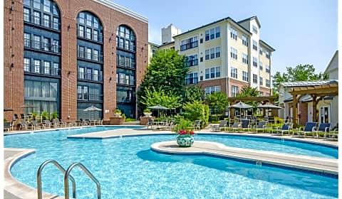 Sullivan Place Vincent Gate Terrace Alexandria Va