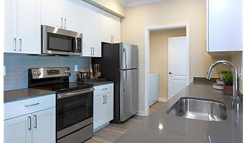 Avalon on the alameda the alameda san jose ca apartments for rent for Cheap one bedroom apartments in san jose ca