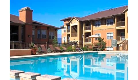 Talon Hill Apartment Homes Peregrine Vista Heights Colorado Springs Co Apartments For Rent