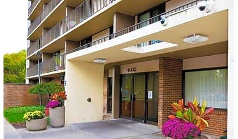 Brookview Place North Main Dayton Oh Apartments For