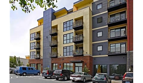 The Crossings At Gresham Station Nw 13th Street Gresham Or Apartments For Rent