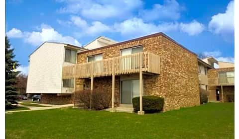 Fairmount meadows apartments north 91st street 101 - Cheap 2 bedroom apartments in milwaukee ...