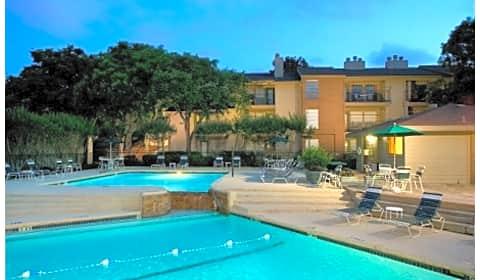 Woodcreek Apartments Lawrence Road Arlington Tx