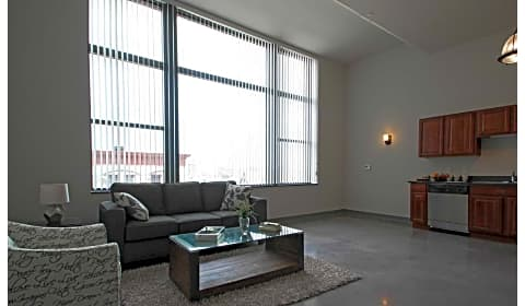 Mercantile lofts w national ave milwaukee wi - Cheap 2 bedroom apartments in milwaukee ...