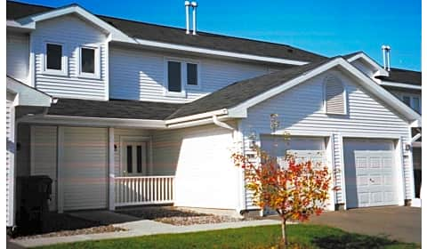 Brookstone townhomes brookstone circle hudson wi townhomes for rent for 1 bedroom apartments in hudson wi