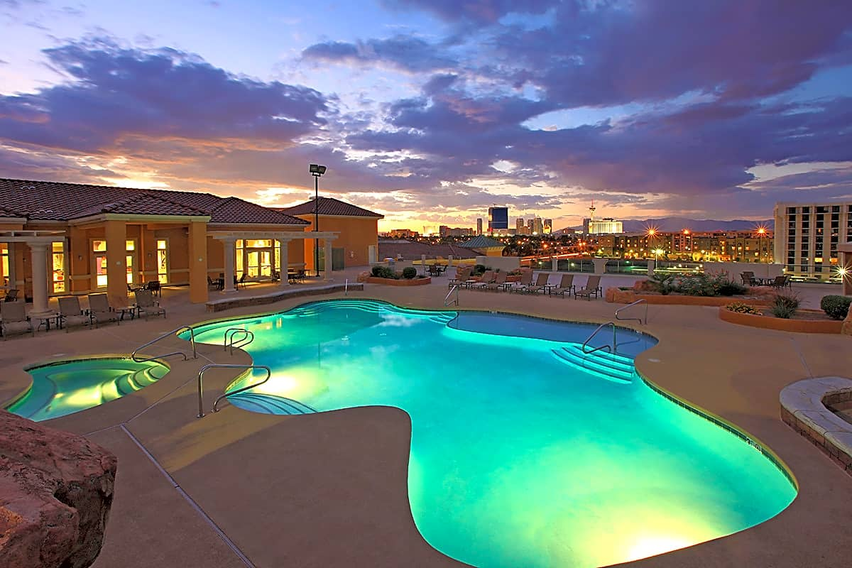 Apartments Near UNLV Las Vegas Grand for University of Nevada-Las Vegas Students in Las Vegas, NV