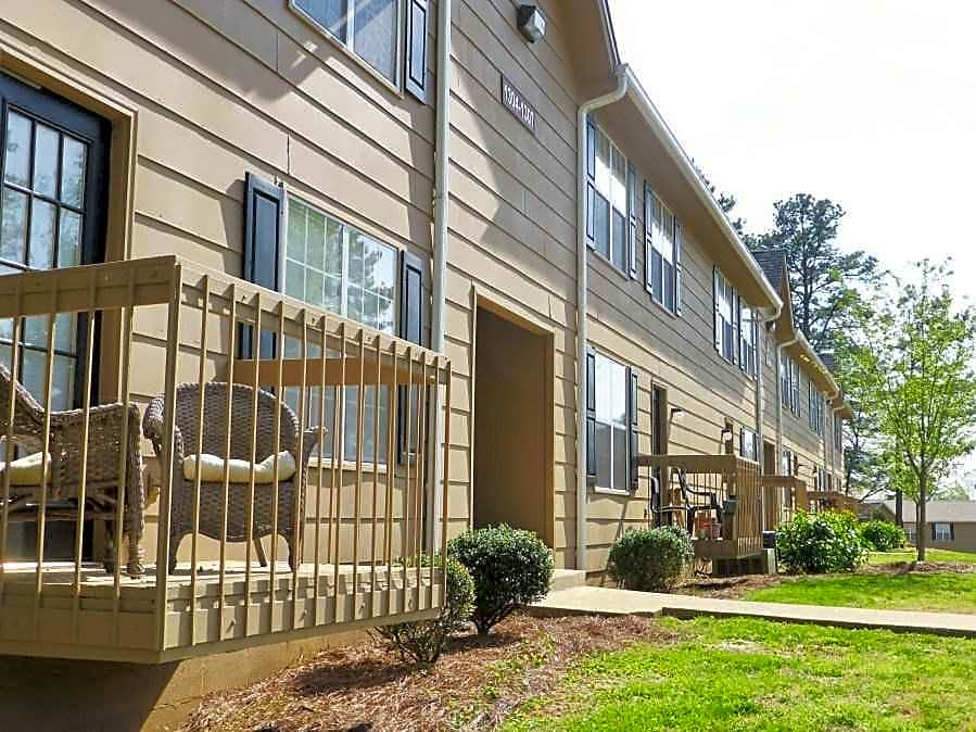 Photo: Chattanooga Apartment for Rent - $665.00 / month; 2 Bd & 1 Ba