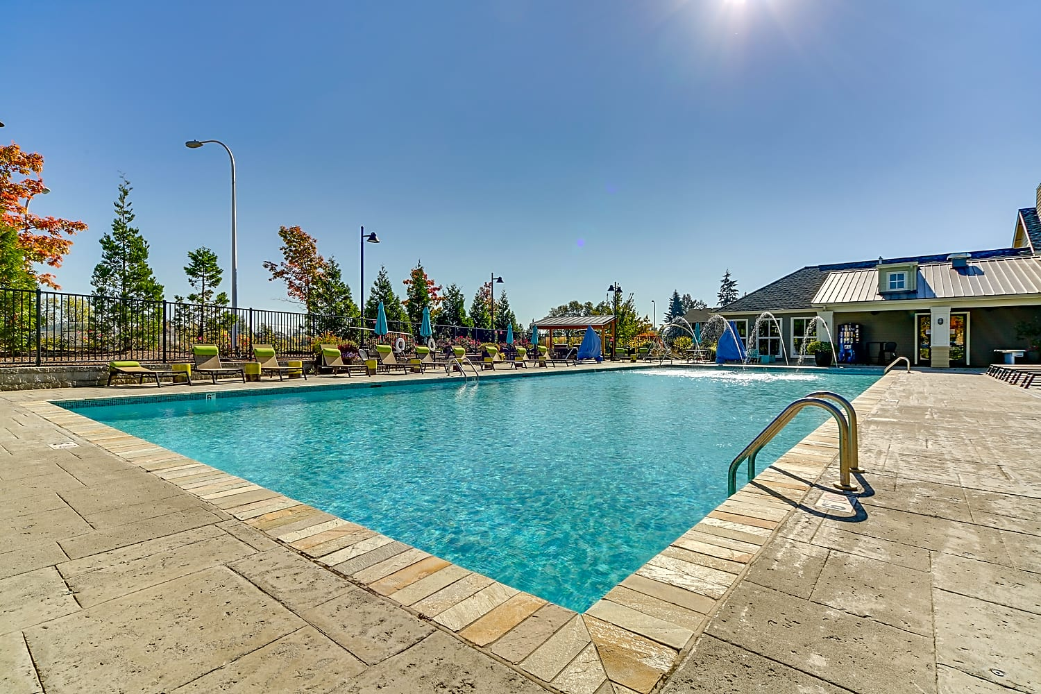 Apartments Near George Fox Terrene At The Grove for George Fox University Students in Newberg, OR