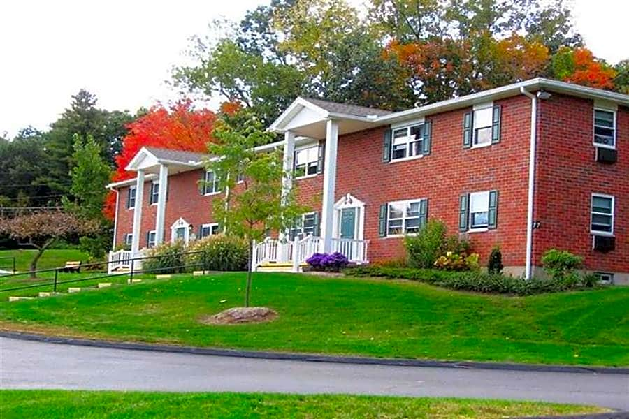 Apartments Near Mount Holyoke Laurel Ridge Apartments for Mount Holyoke College Students in South Hadley, MA