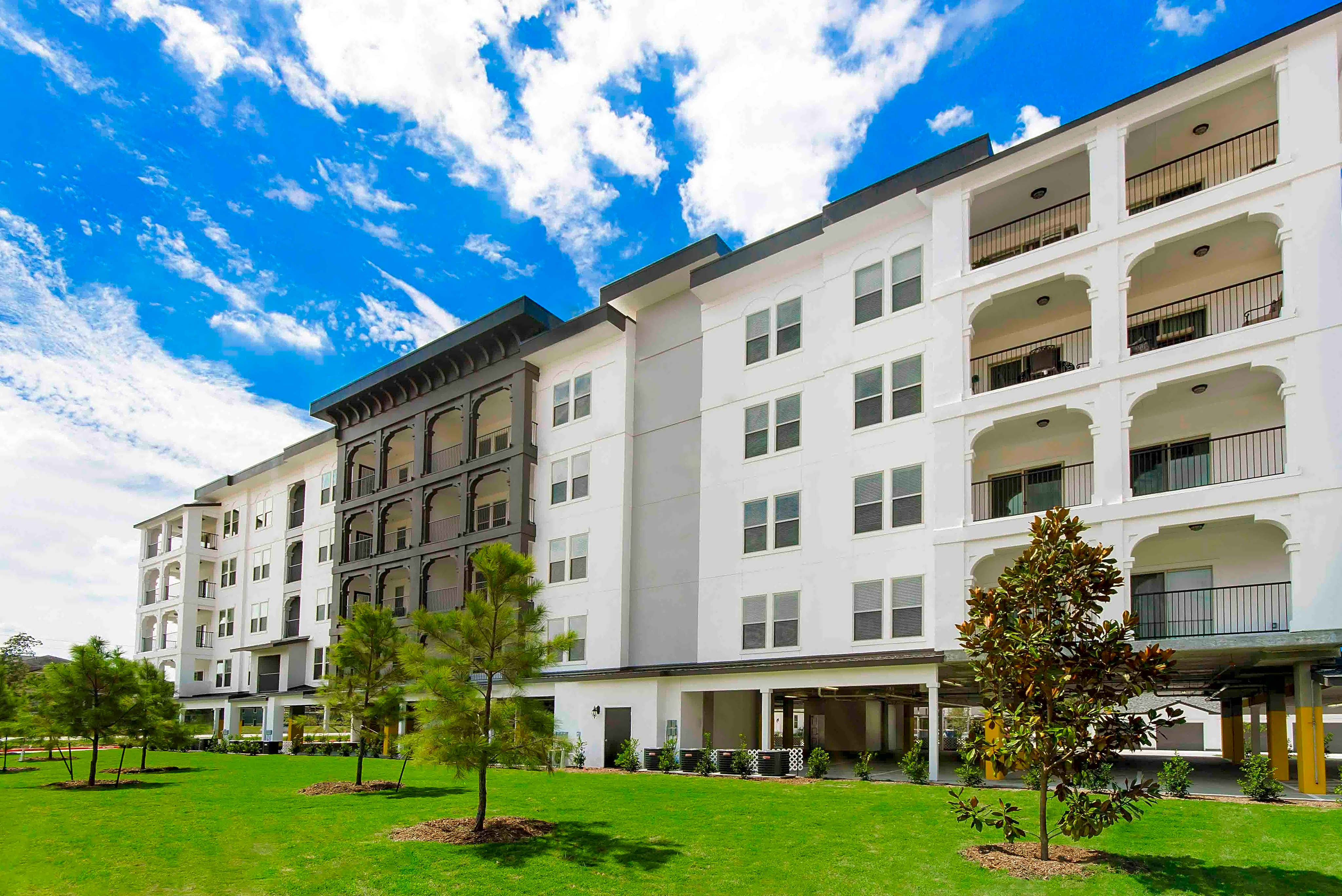 Apartments Near NHMCC The Towers Woodland for North Harris Montgomery Community College Students in The Woodlands, TX