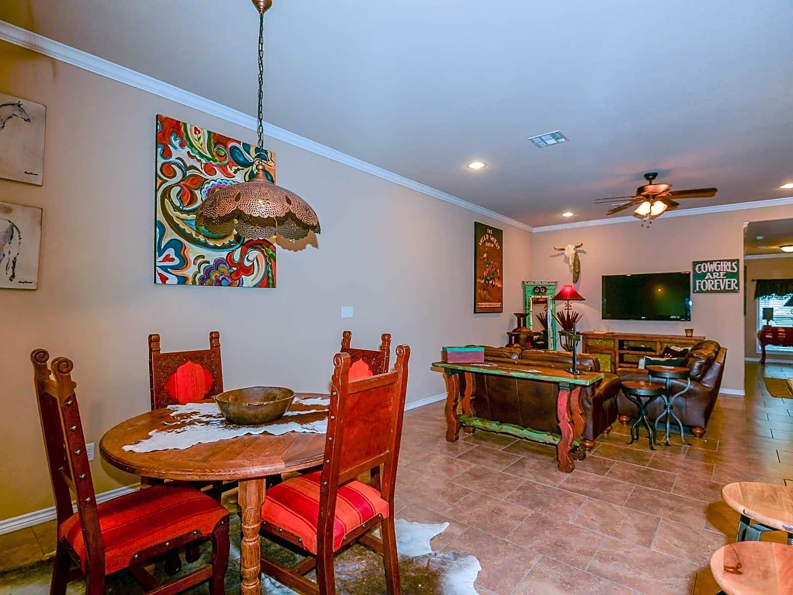 University Heights Apartments - College Station, TX 77845