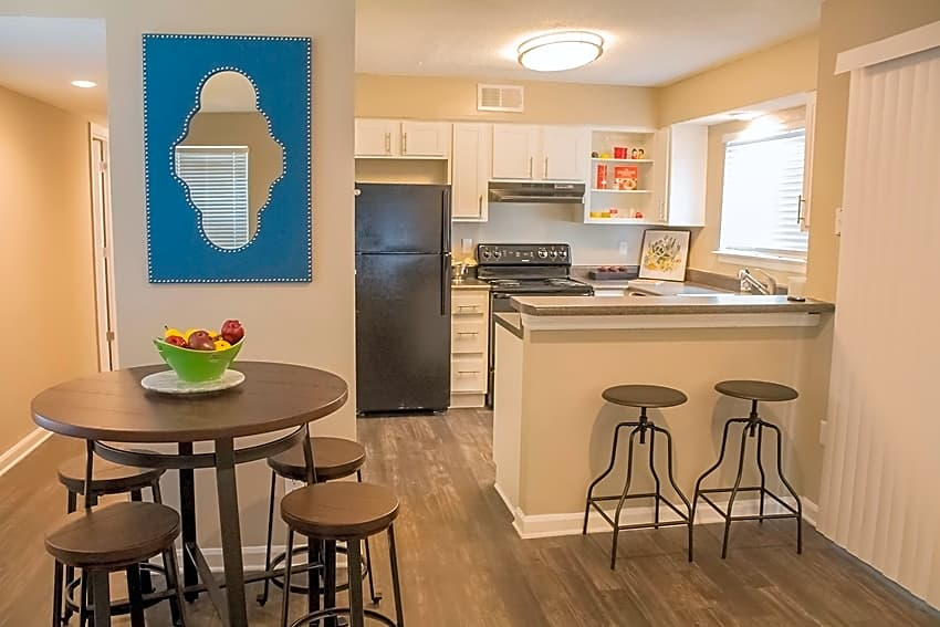 Apartments Near South Heron on the Bluffs for South University Students in Savannah, GA