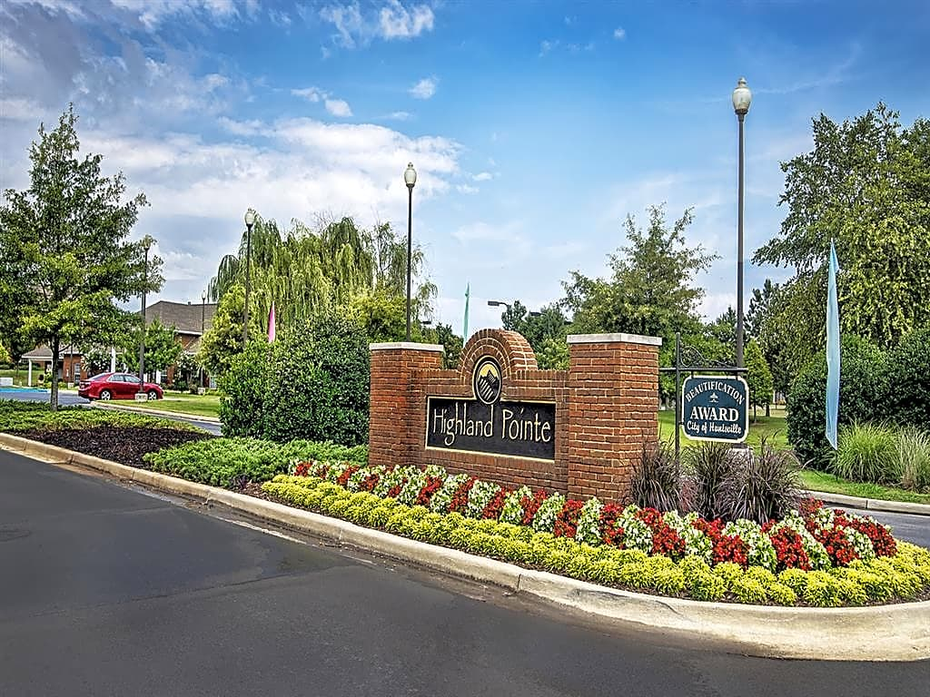 Apartments Near Athens State Highland Pointe for Athens State University Students in Athens, AL