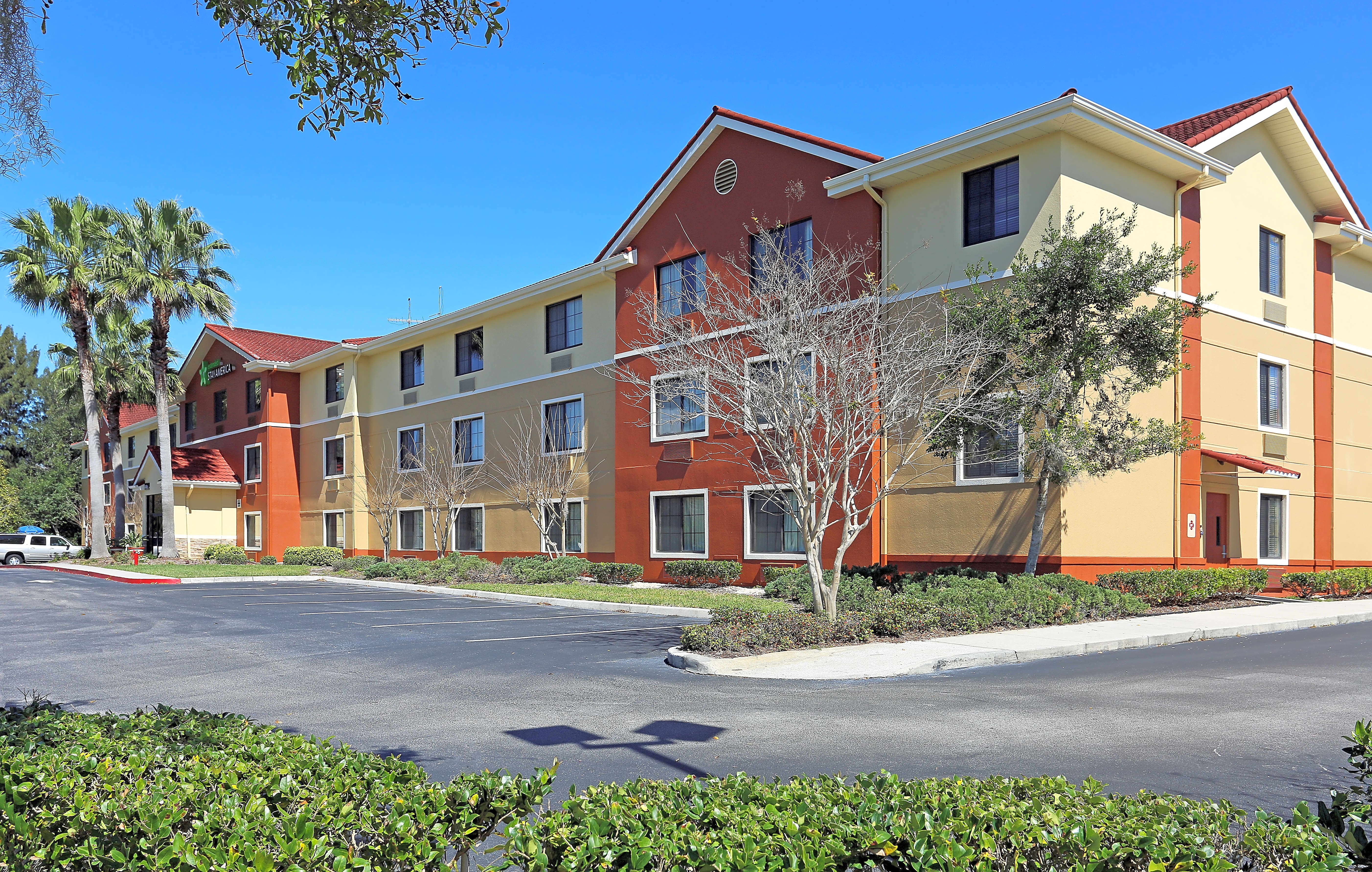 Apartments Near Florida Tech Furnished Studio - Melbourne - Airport for Florida Institute of Technology Students in Melbourne, FL