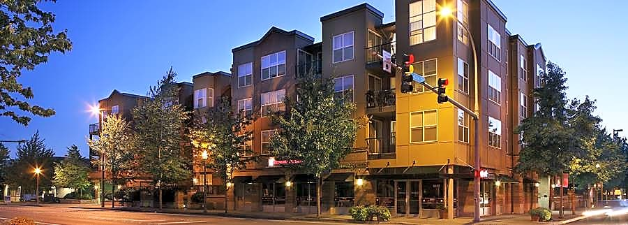 Apartments Near Bastyr Avalon ParcSquare for Bastyr University Students in Kenmore, WA