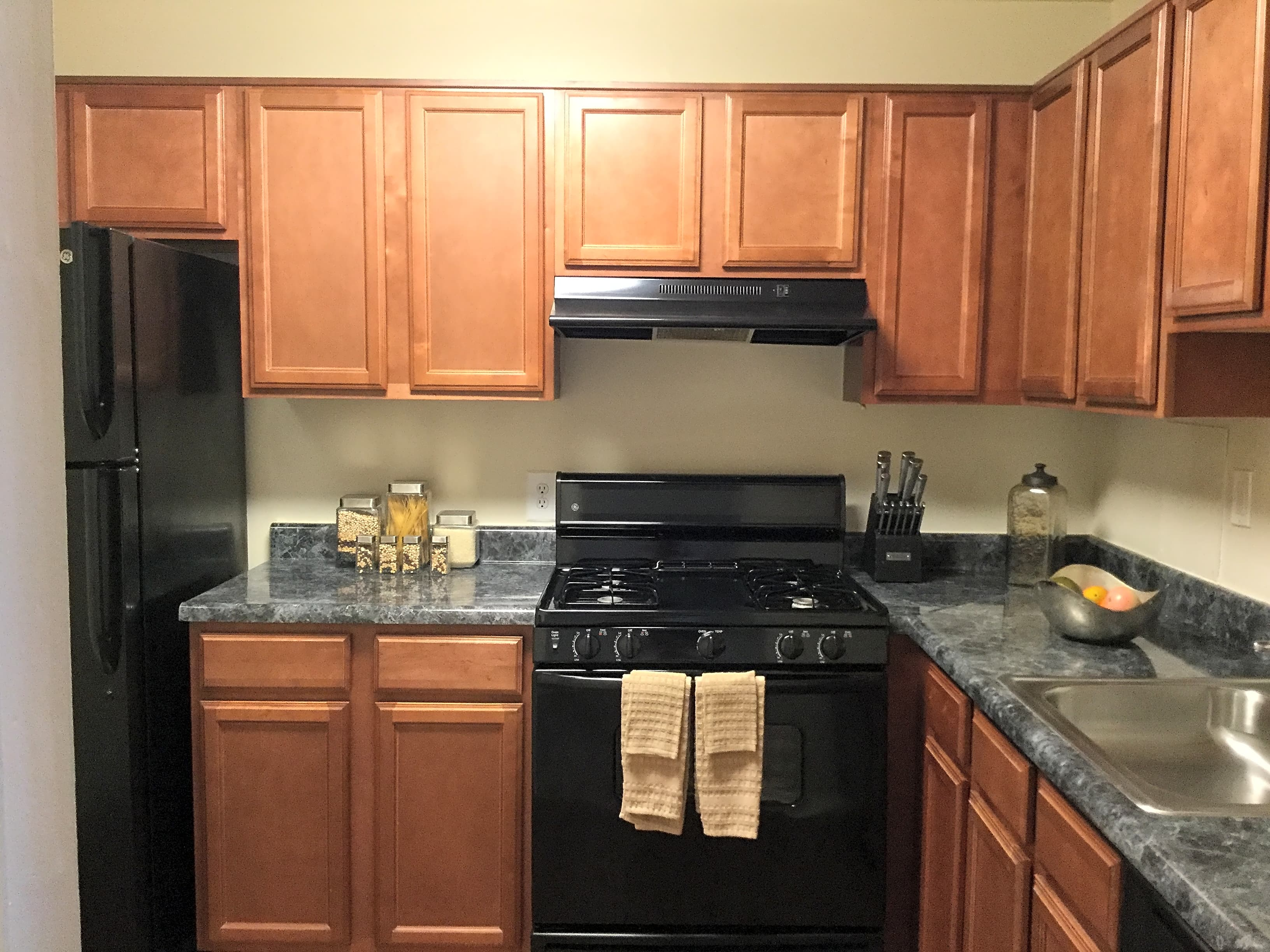 Towson Woods Apartments - Towson, MD 21204