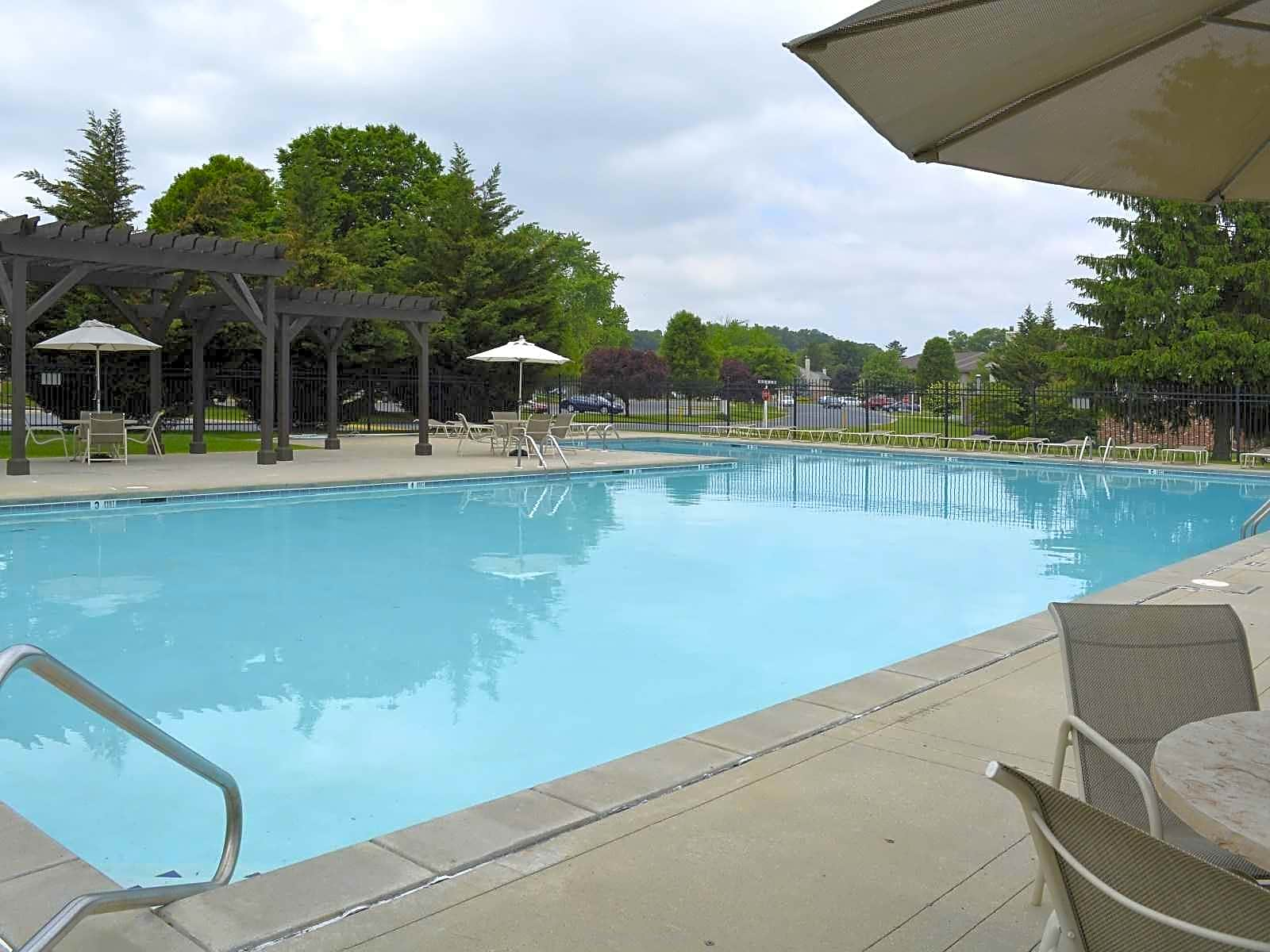 Apartments Near F & M Wheatland Hills for Franklin & Marshall College Students in Lancaster, PA