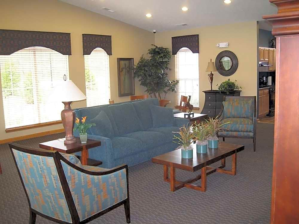 Forest Ridge Apartments - Indianapolis, IN 46260