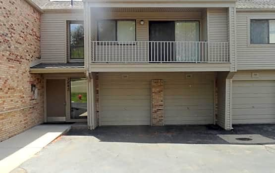 Condo for Rent in West Bloomfield