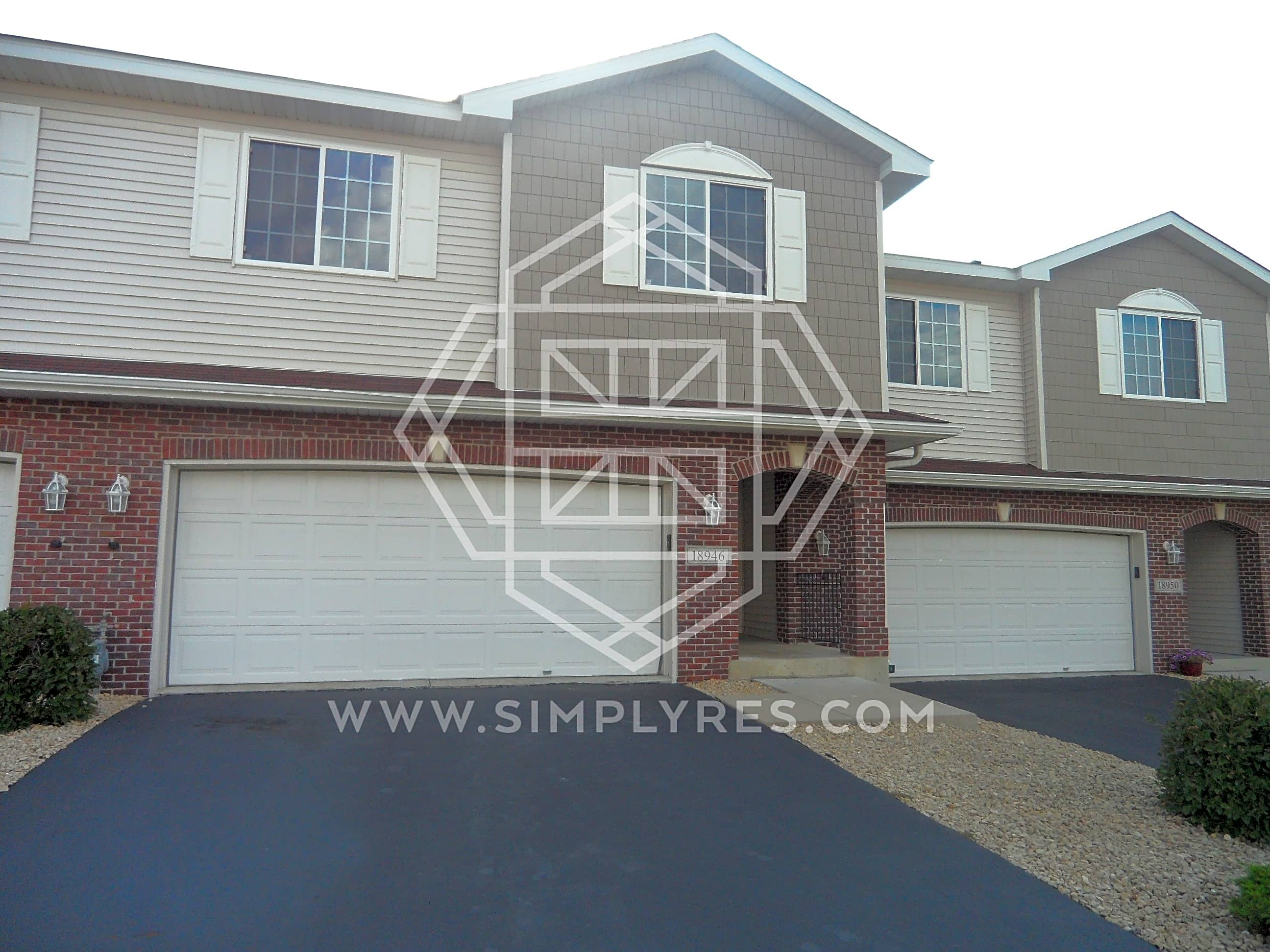 Condo for Rent in Lakeville