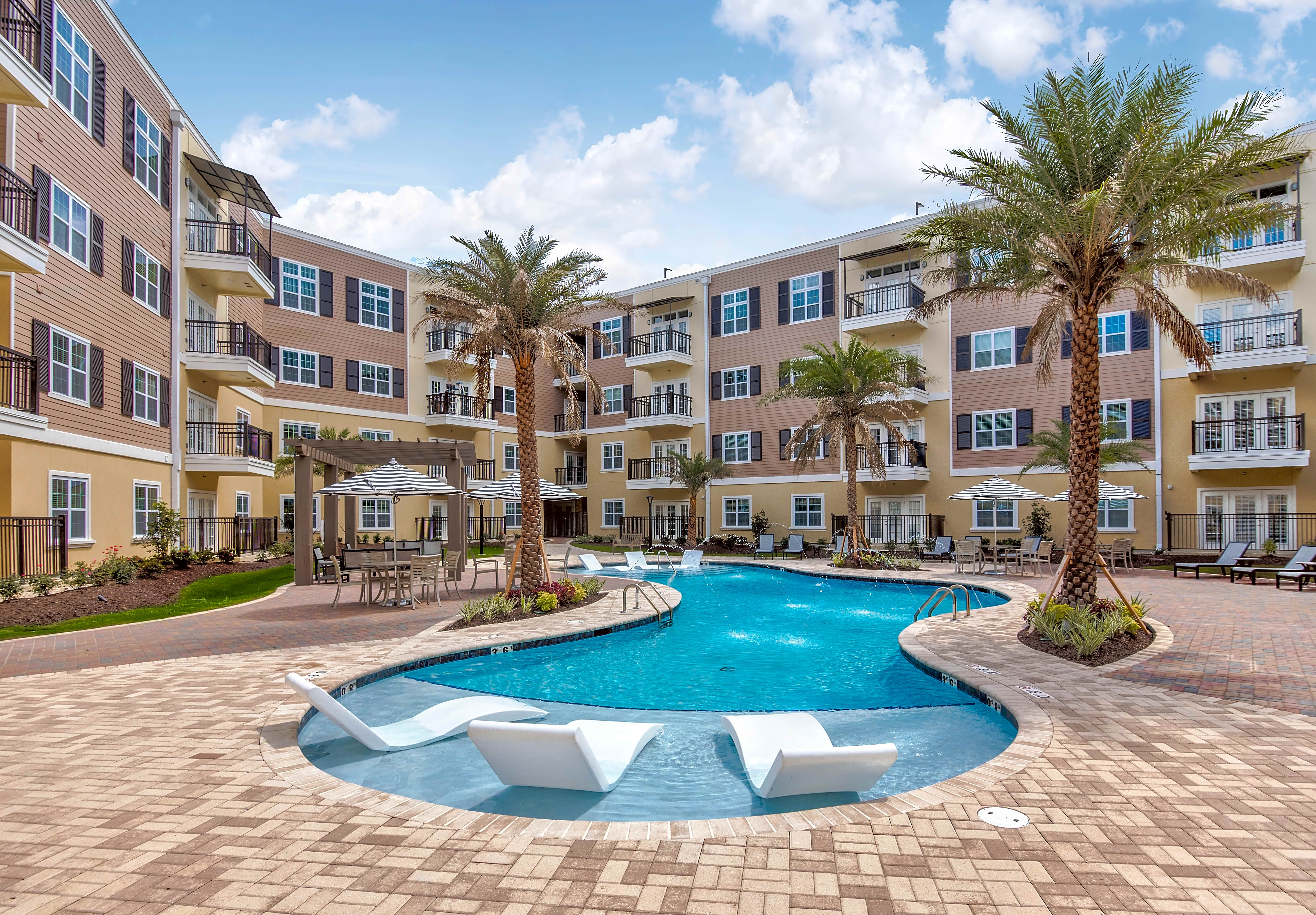 Apartments Near Southern Bayonne at Southshore for Southern University and A & M College Students in Baton Rouge, LA