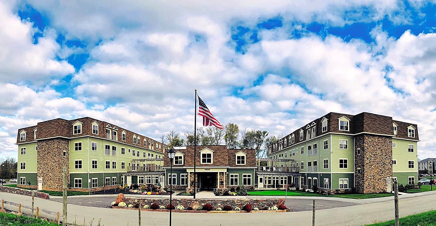 Apartments Near Brockport Chateau at Heritage Square 55+ Community for Brockport Students in Brockport, NY