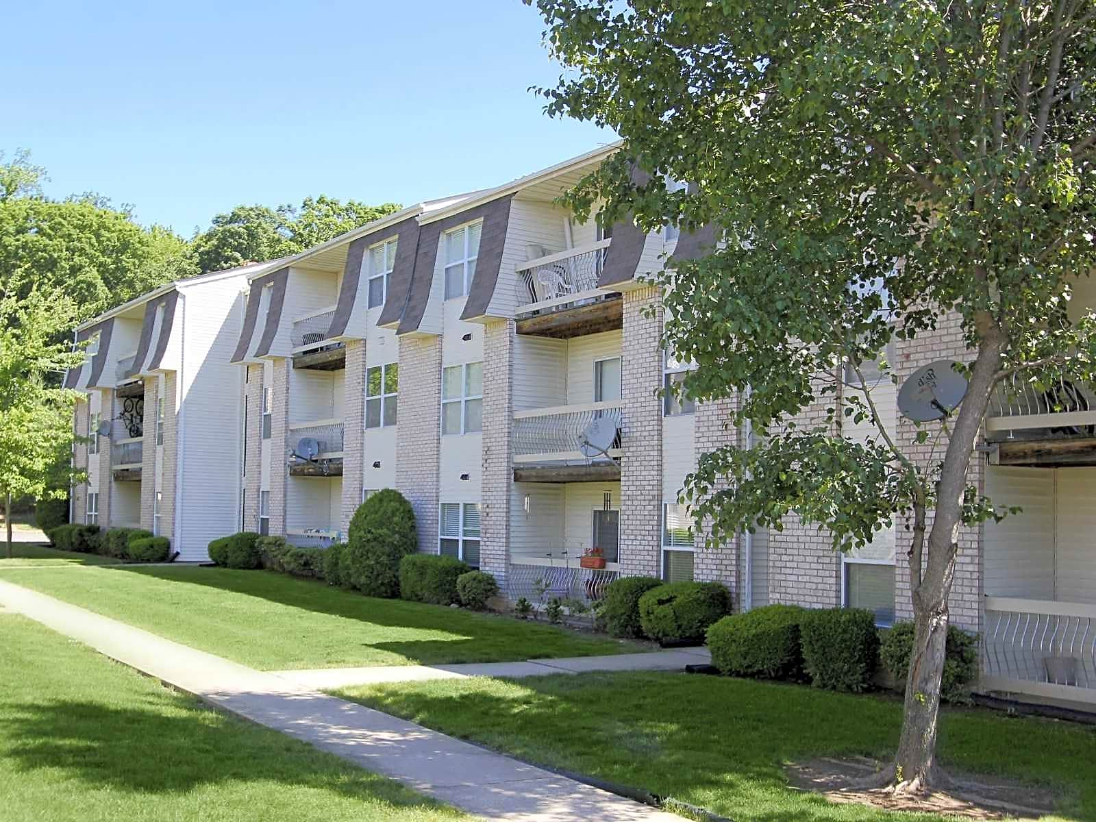 monmouth junction senior personals See all 13 apartments in monmouth junction, nj currently available for rent each apartmentscom listing has verified availability, rental rates, photos, floor plans and more.