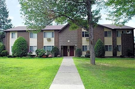 Photo: Kingston Apartment for Rent - $729.00 / month; 1 Bd & 1 Ba