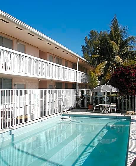Photo: Miami Apartment for Rent - $895.00 / month; 1 Bd & 1 Ba
