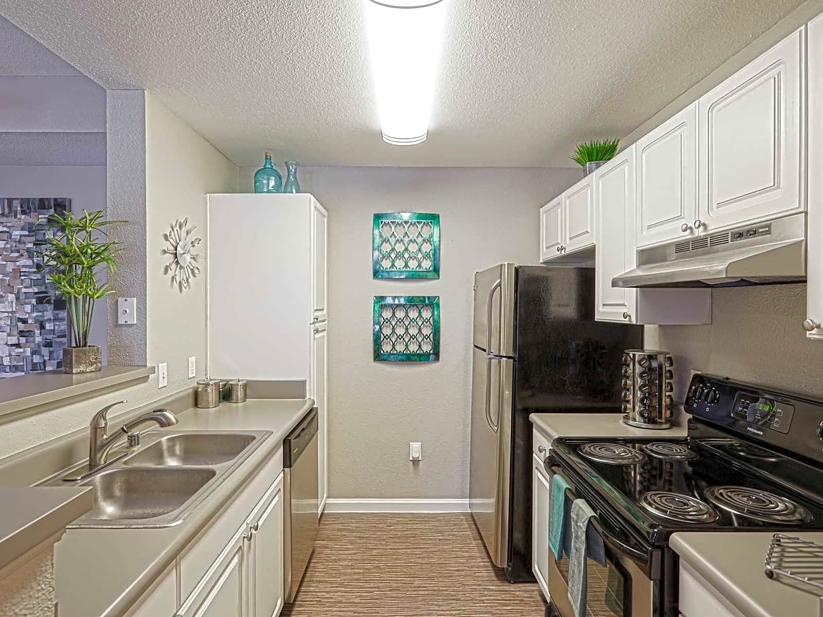 Elevate at Red Rocks Apartments - Denver, CO 80228