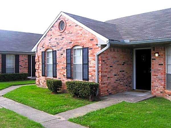 Towne Oaks South for rent in Shreveport